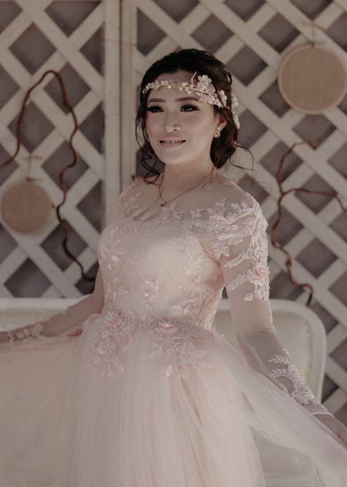 The Wedding of Riska & Tigor by aditya pictura - 004