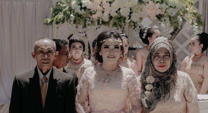 The Wedding of Riska & Tigor by aditya pictura - 005