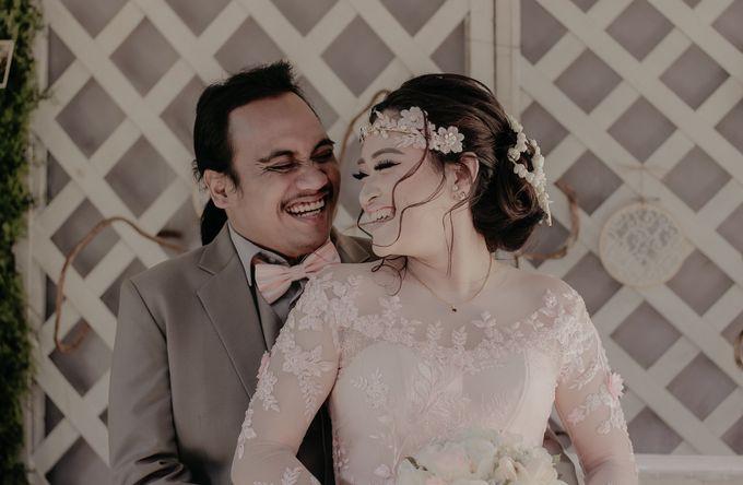 The Wedding of Riska & Tigor by aditya pictura - 007