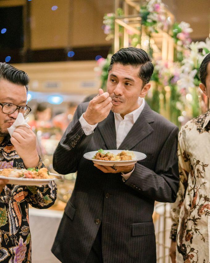 Wedding Rendra & Indri Granada Ballroom Menara 165 by Medina Catering - 004