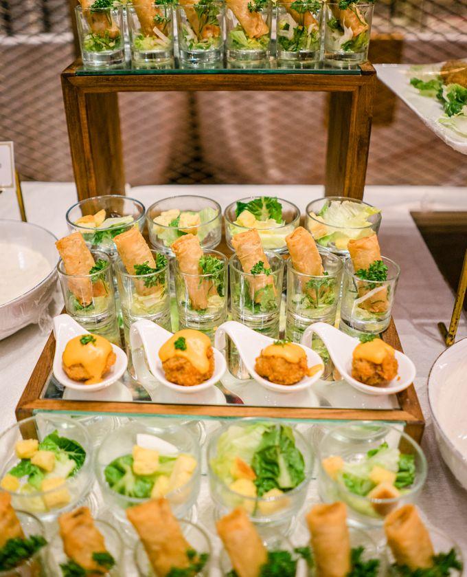 Wedding Rendra & Indri Granada Ballroom Menara 165 by Medina Catering - 014