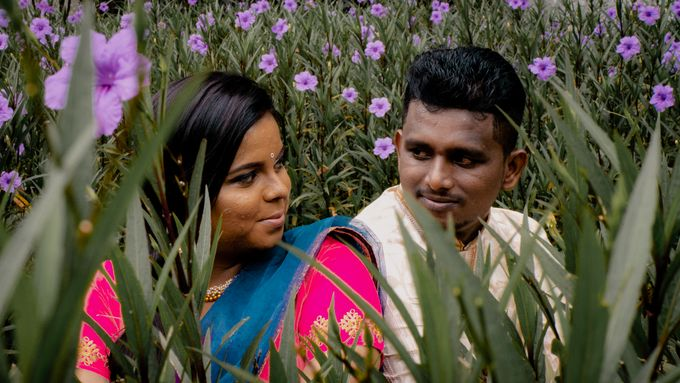 Pre Wedding Photoshoot of Vicky & Usha by Vicknesh Photography - 017