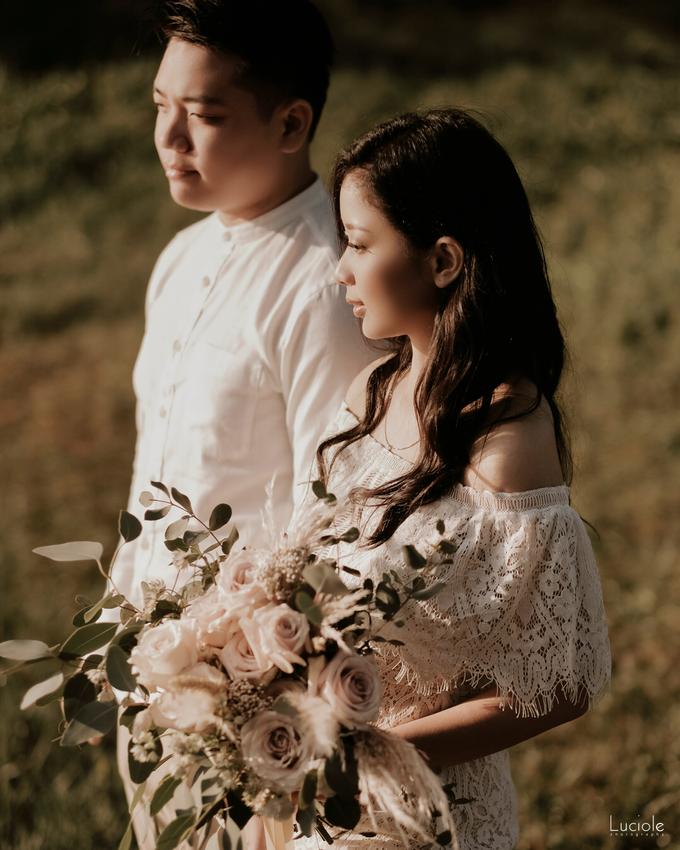 Prewedding at Bandung (Kelvin Yohana) by Luciole Photography - 013