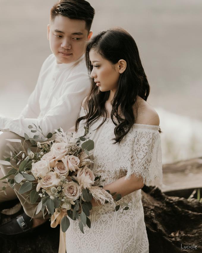 Prewedding at Bandung (Kelvin Yohana) by Luciole Photography - 017
