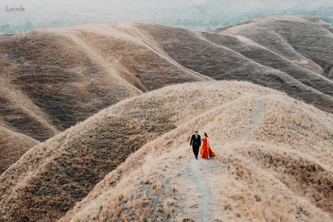 Prewedding at Sumba (Kunthara Giselle) by Luciole Photography - 013