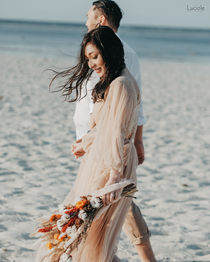 Prewedding at Sumba (Kunthara Giselle) by Luciole Photography - 026