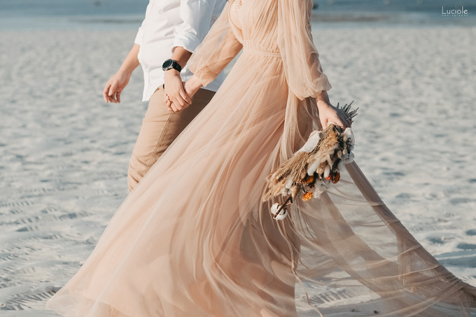 Prewedding at Sumba (Kunthara Giselle) by Luciole Photography - 027