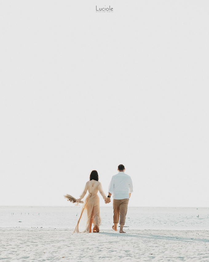 Prewedding at Sumba (Kunthara Giselle) by Luciole Photography - 028