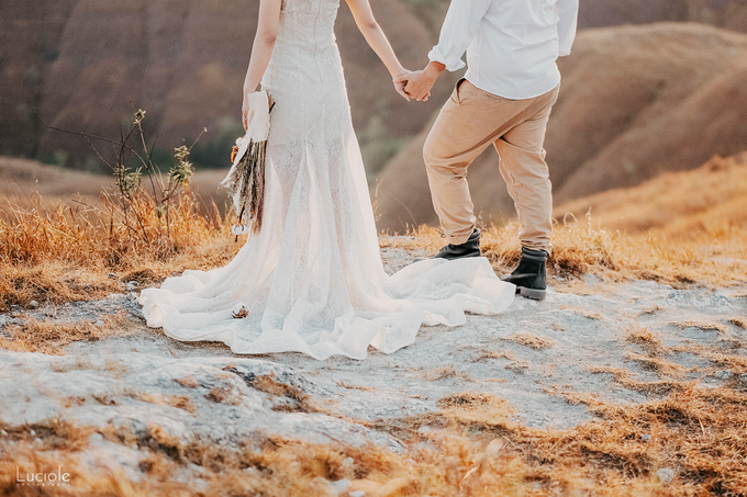 Prewedding at Sumba (Kunthara Giselle) by Luciole Photography - 035