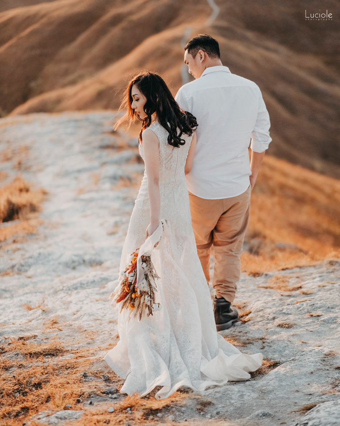 Prewedding at Sumba (Kunthara Giselle) by Luciole Photography - 037