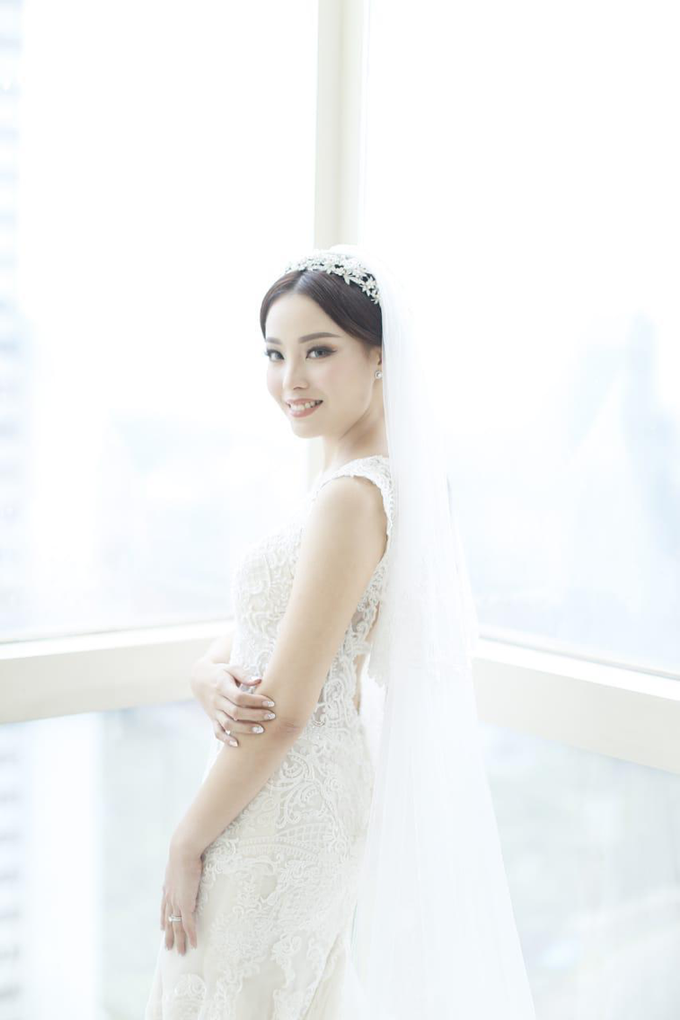 Wedding Stephanie and Sastra by Luminous Bridal Boutique - 003