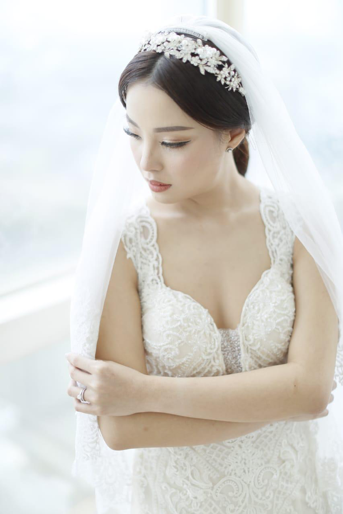 Wedding Stephanie and Sastra by Luminous Bridal Boutique - 006