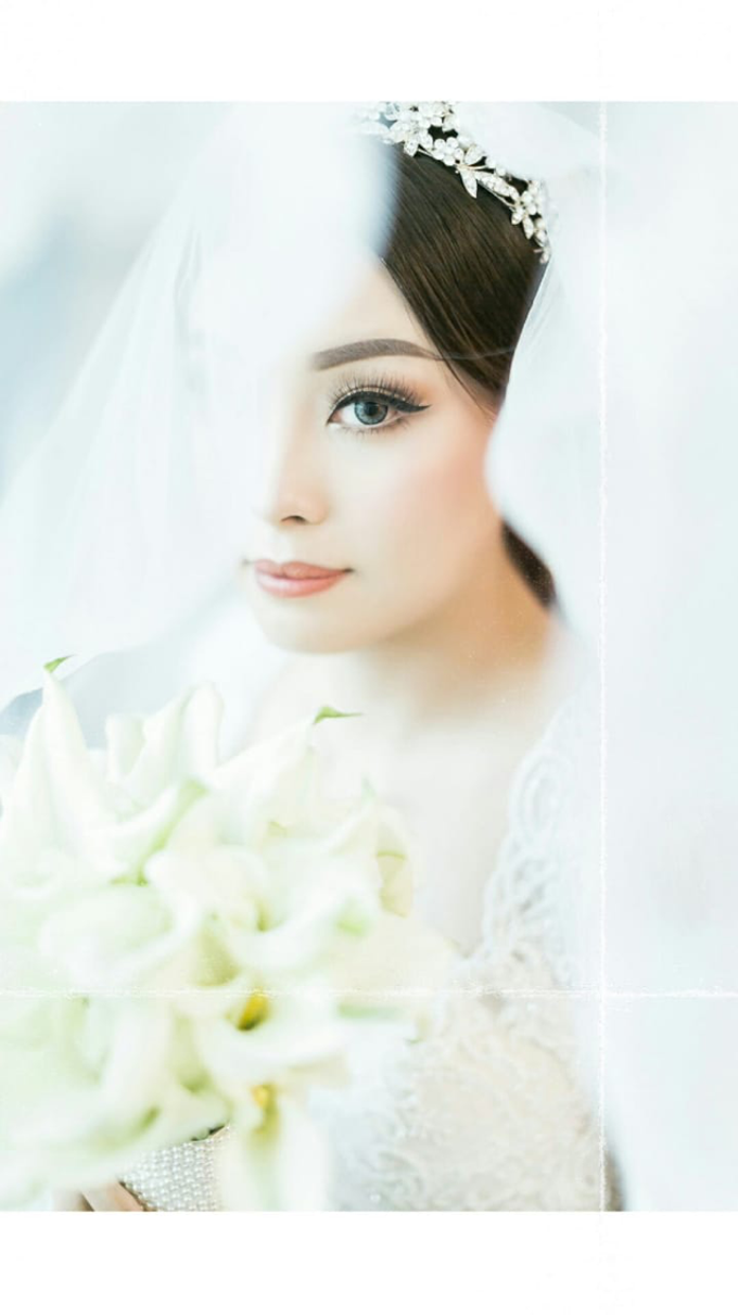Wedding Stephanie and Sastra by Luminous Bridal Boutique - 007