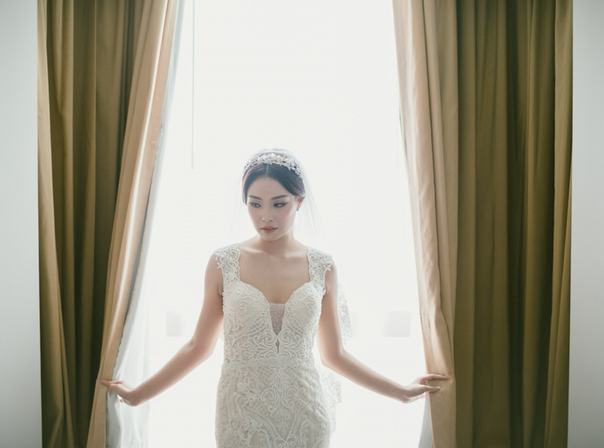 Wedding Stephanie and Sastra by Luminous Bridal Boutique - 010