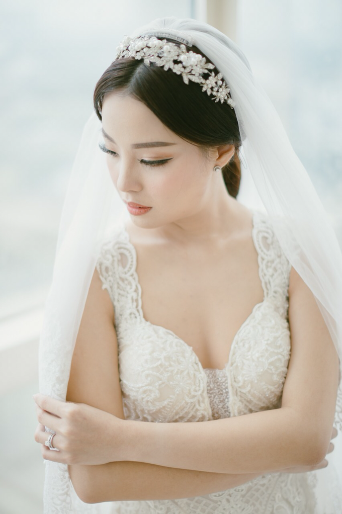 Wedding Stephanie and Sastra by Luminous Bridal Boutique - 013