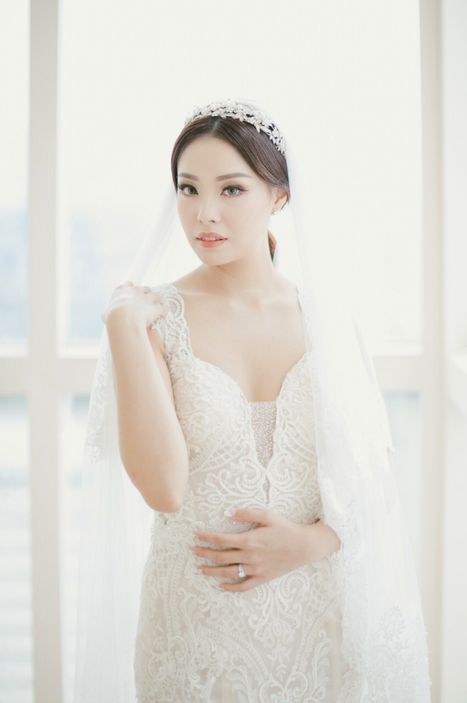 Wedding Stephanie and Sastra by Luminous Bridal Boutique - 015