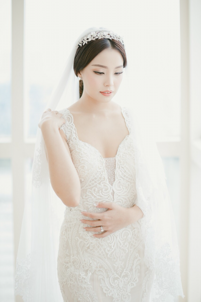 Wedding Stephanie and Sastra by Luminous Bridal Boutique - 017