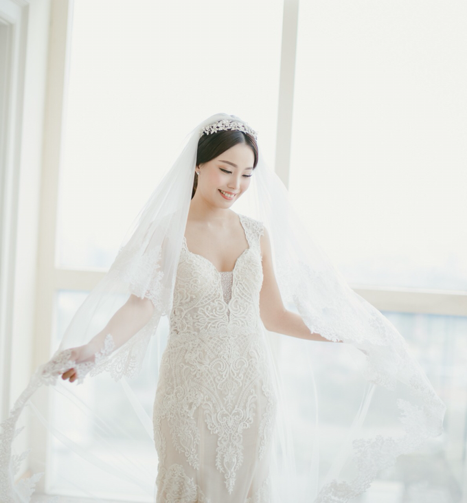Wedding Stephanie and Sastra by Luminous Bridal Boutique - 018