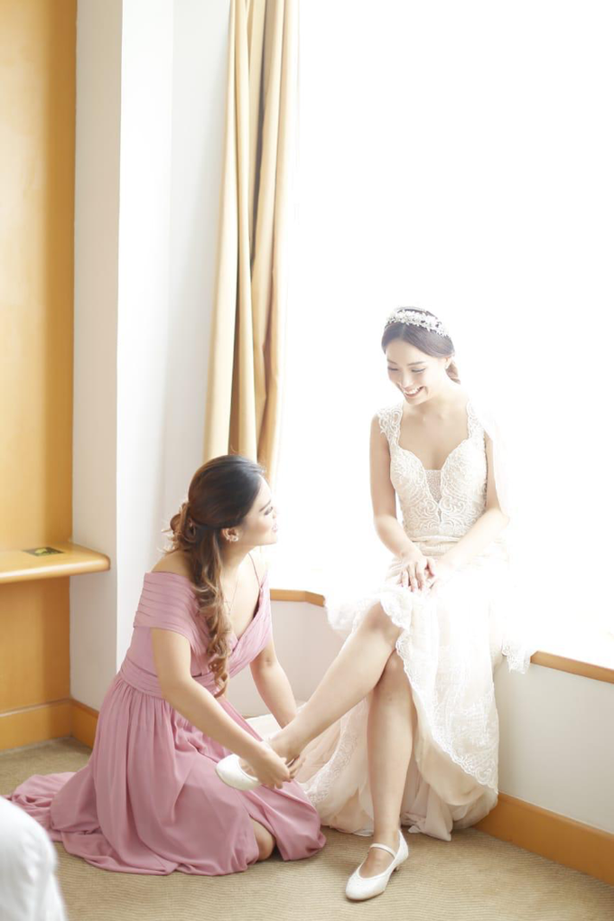 Wedding Stephanie and Sastra by Luminous Bridal Boutique - 028