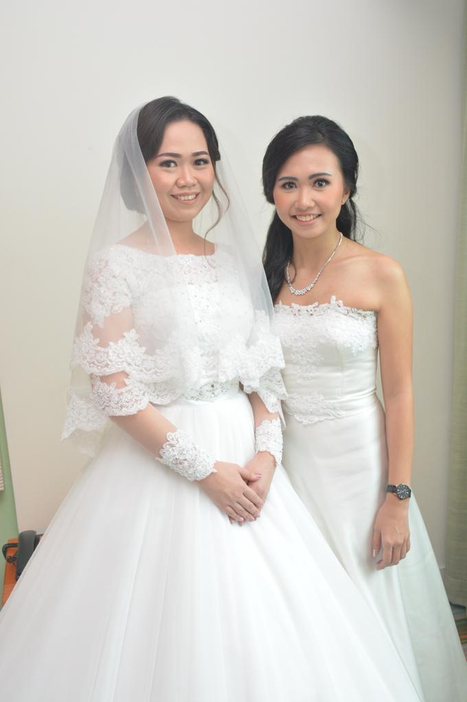 Wedding Day Yuri and Ricka by Luminous Bridal Boutique - 005