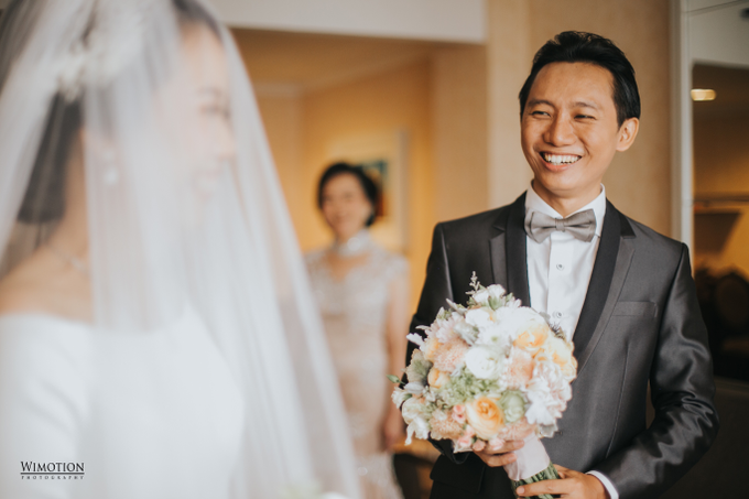 Wedding Day Ivan and Antonia by Luminous Bridal Boutique - 007