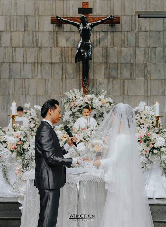 Wedding Day Ivan and Antonia by Luminous Bridal Boutique - 010