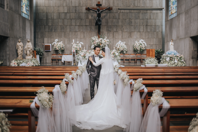 Wedding Day Ivan and Antonia by Luminous Bridal Boutique - 011