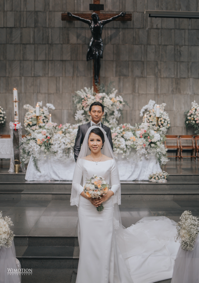 Wedding Day Ivan and Antonia by Luminous Bridal Boutique - 012