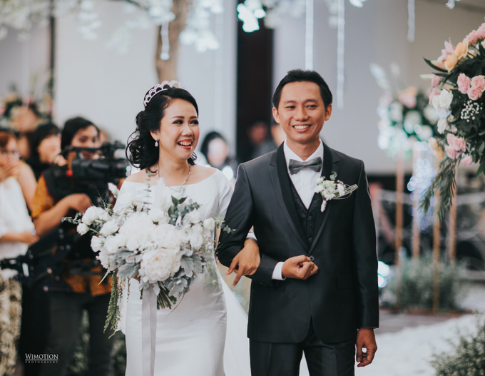 Wedding Day Ivan and Antonia by Luminous Bridal Boutique - 015