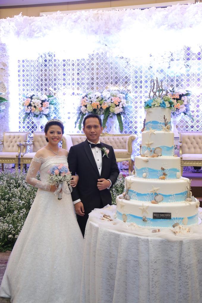Wedding Day Banjar and Shinta by Luminous Bridal Boutique - 001