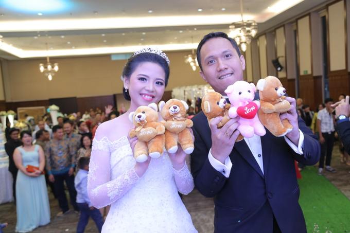 Wedding Day Banjar and Shinta by Luminous Bridal Boutique - 002