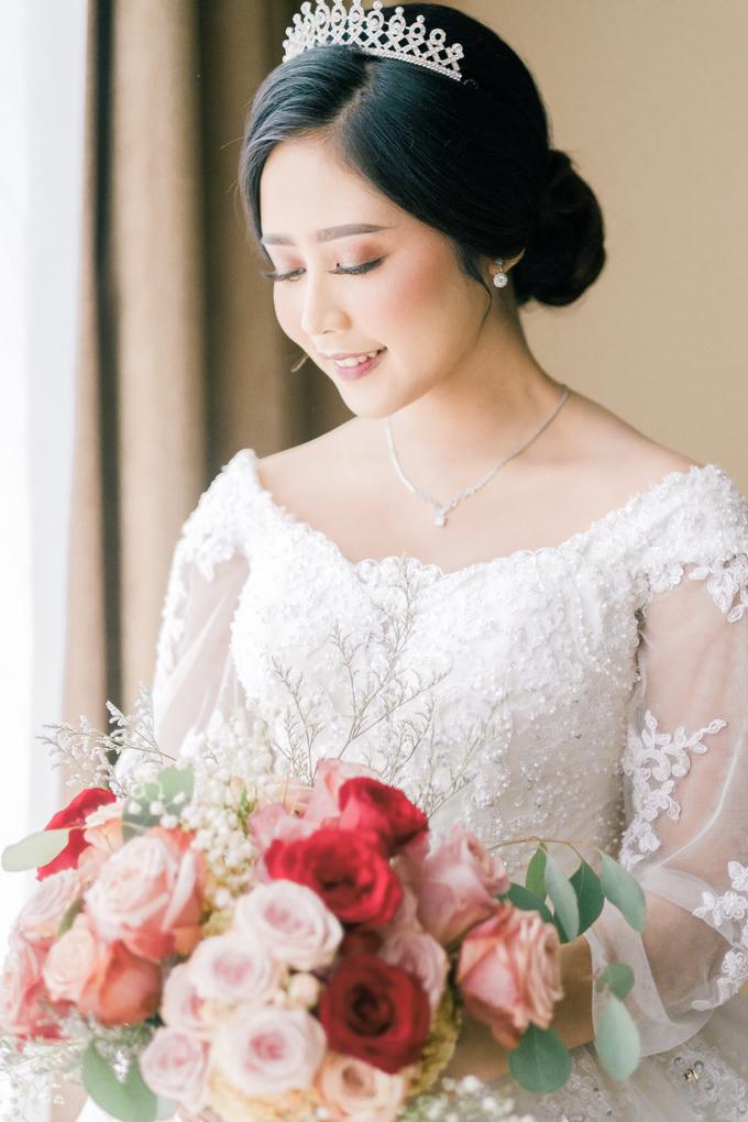 Wedding Day Dani and Nadia by Luminous Bridal Boutique - 001