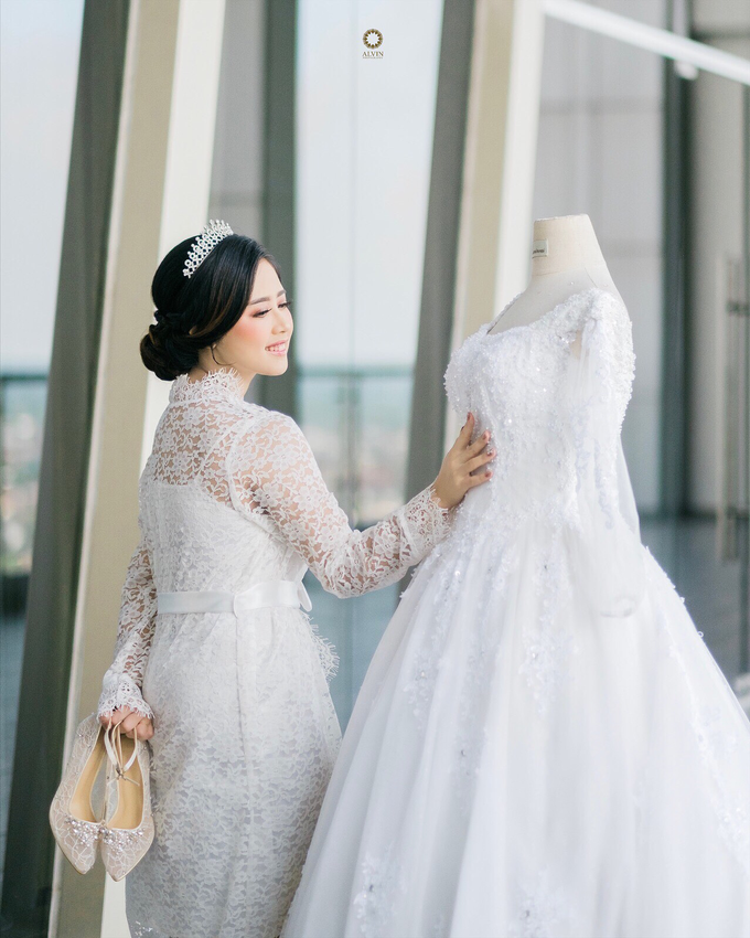 Wedding Day Dani and Nadia by Luminous Bridal Boutique - 004