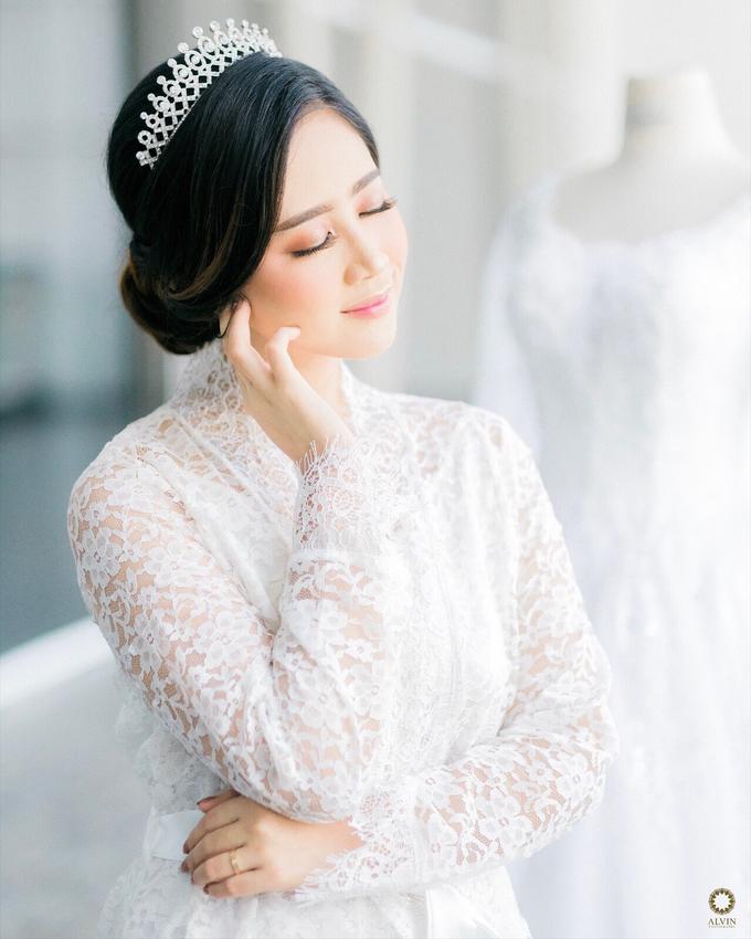 Wedding Day Dani and Nadia by Luminous Bridal Boutique - 005