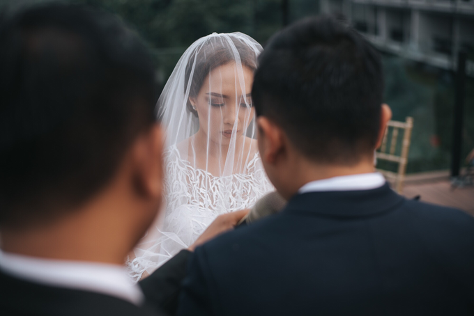 Wedding Day Pradipta and Cheryl by Luminous Bridal Boutique - 013
