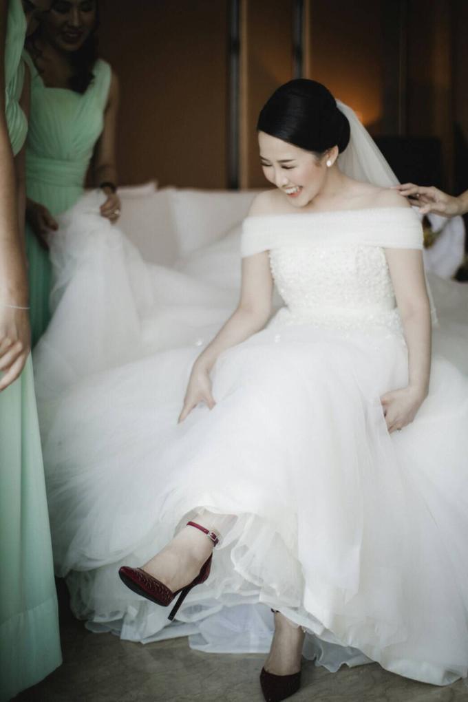 Wedding Day Natasha and Andrew by Luminous Bridal Boutique - 010