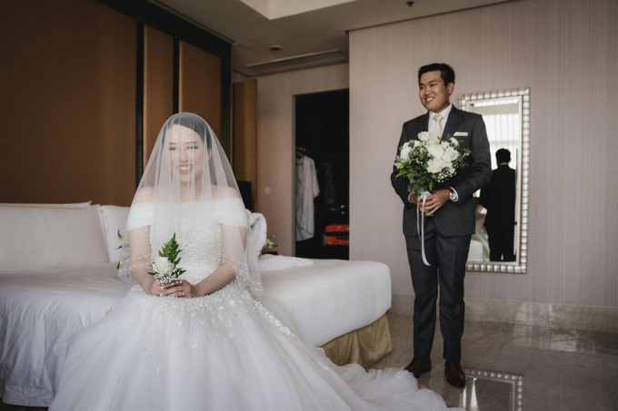 Wedding Day Natasha and Andrew by Luminous Bridal Boutique - 013