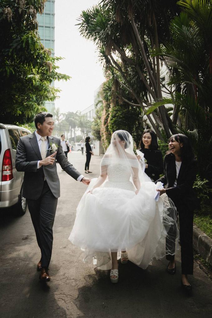 Wedding Day Natasha and Andrew by Luminous Bridal Boutique - 016
