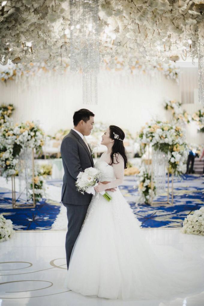 Wedding Day Natasha and Andrew by Luminous Bridal Boutique - 021