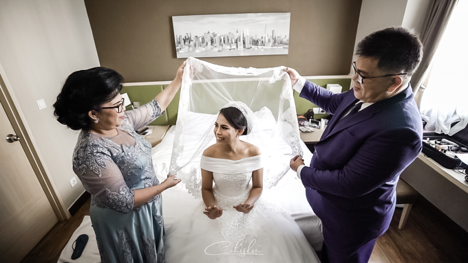 Wedding Day Arthur and Desiree by Luminous Bridal Boutique - 001