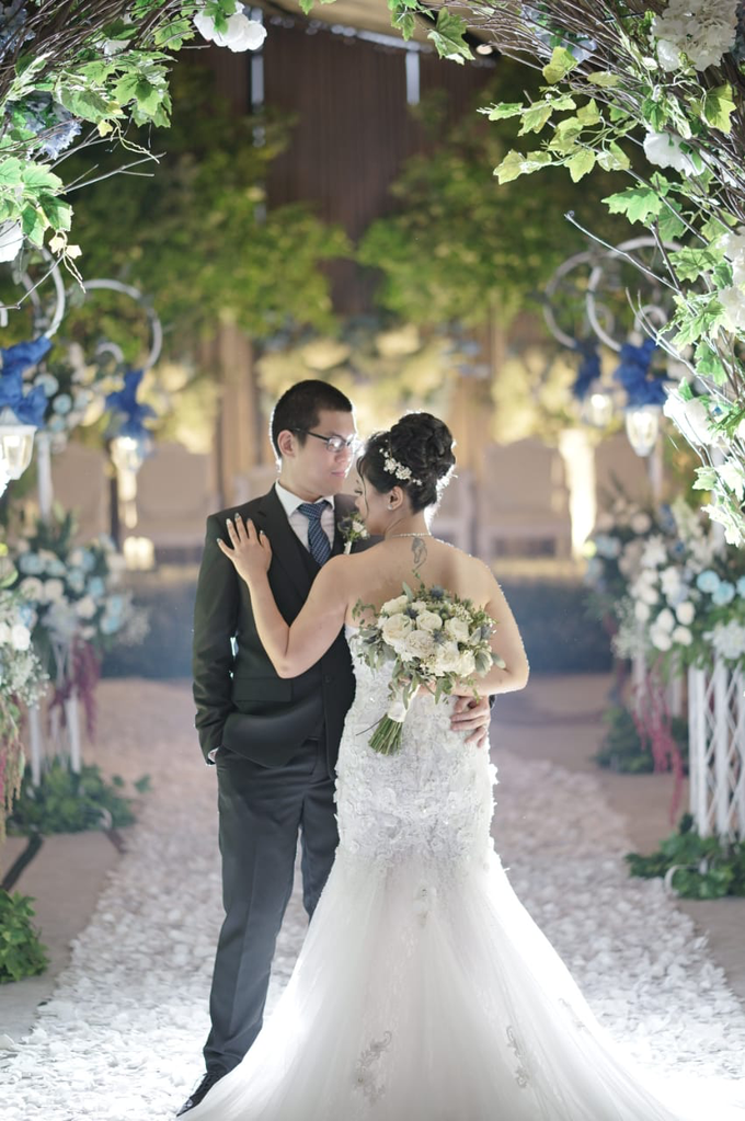 Wedding Day Jeffrey and Veronica by Luminous Bridal Boutique - 011