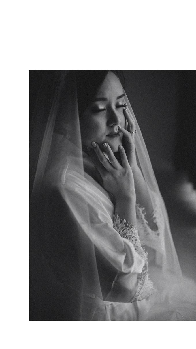 Wedding Day Chyntia and Adi by Luminous Bridal Boutique - 003