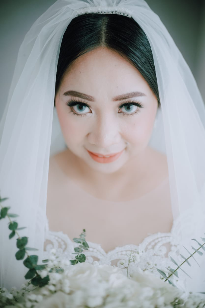 Wedding Day Ari and Nebula by Luminous Bridal Boutique - 003