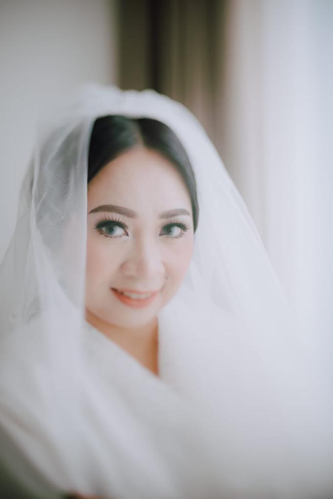 Wedding Day Ari and Nebula by Luminous Bridal Boutique - 002