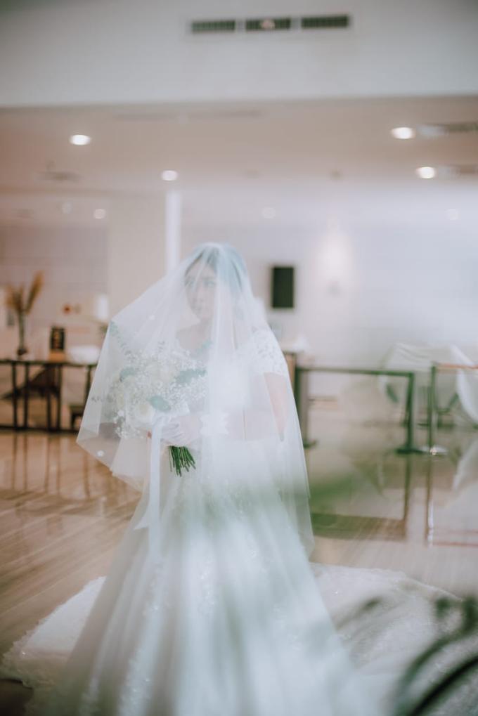 Wedding Day Ari and Nebula by Luminous Bridal Boutique - 007
