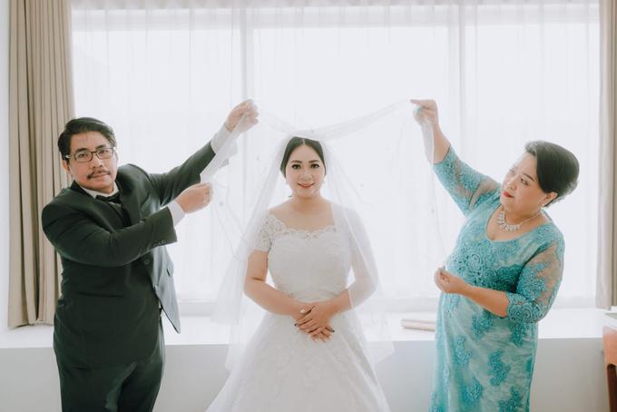 Wedding Day Ari and Nebula by Luminous Bridal Boutique - 010