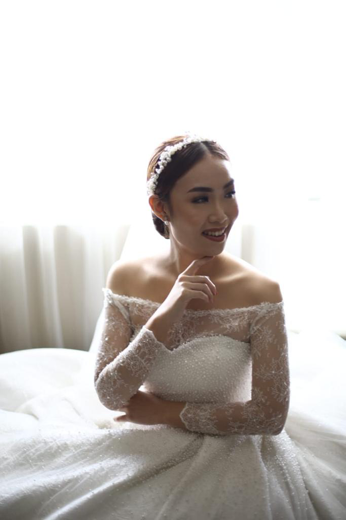 Wedding Day Krisna and Ceacilia by Luminous Bridal Boutique - 007