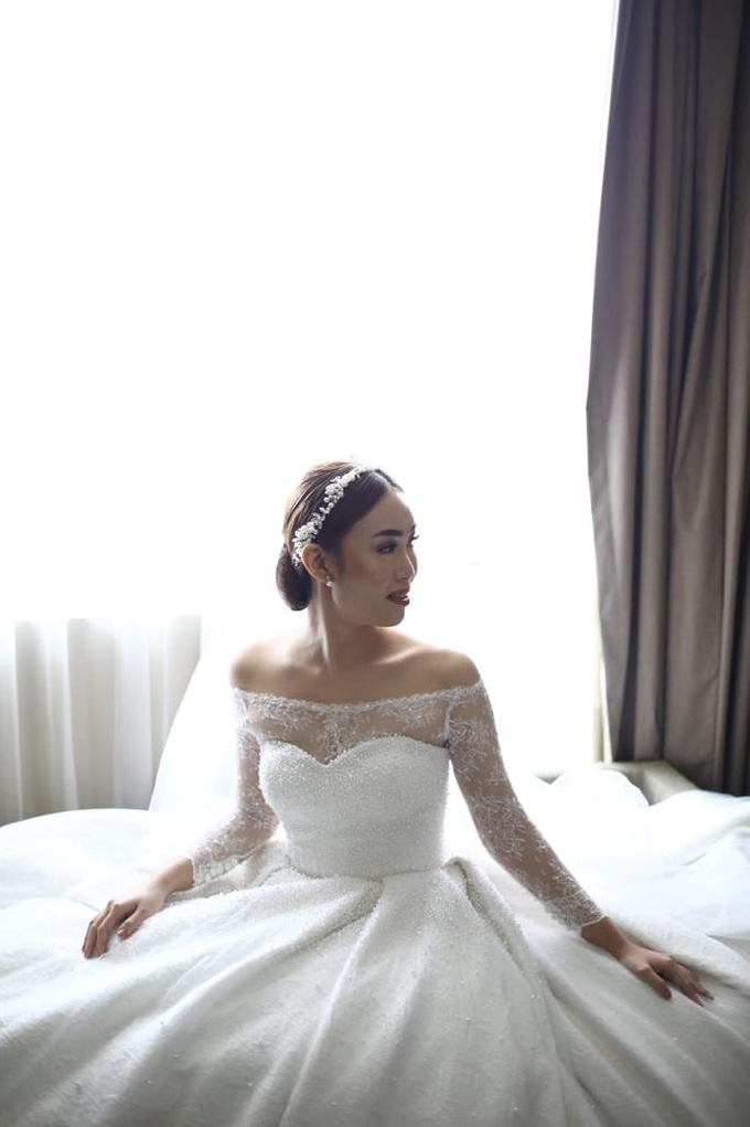 Wedding Day Krisna and Ceacilia by Luminous Bridal Boutique - 014