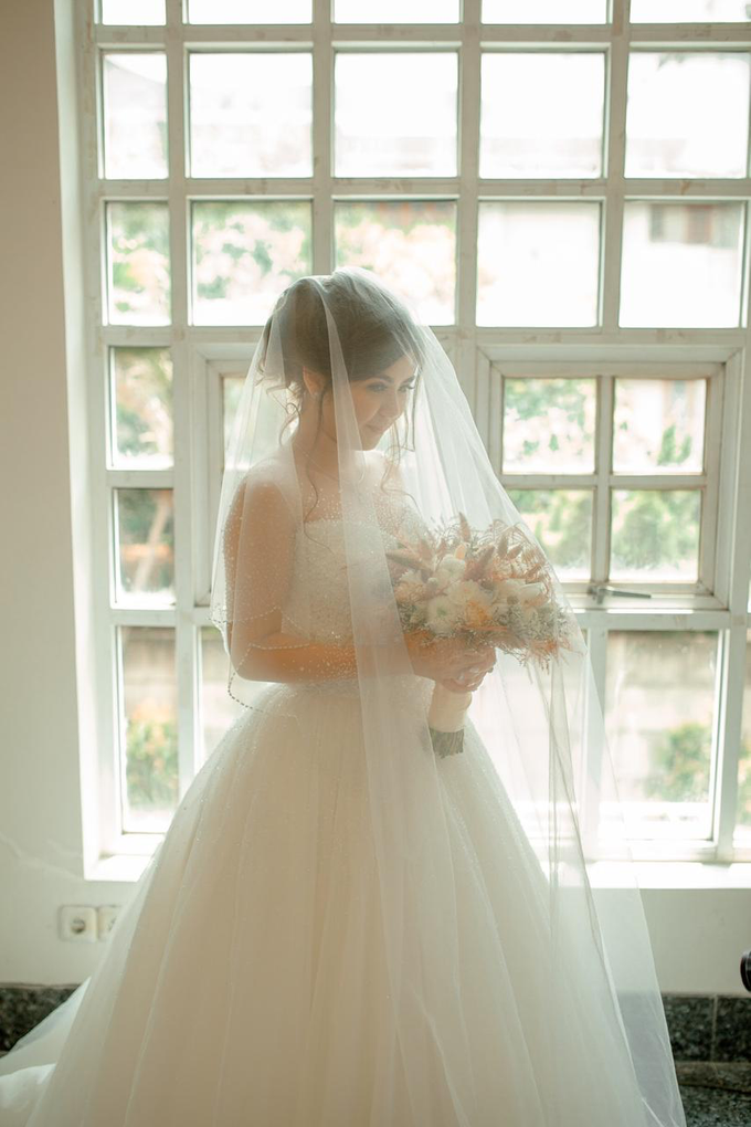 Wedding Day Jordie and Charista by Luminous Bridal Boutique - 006