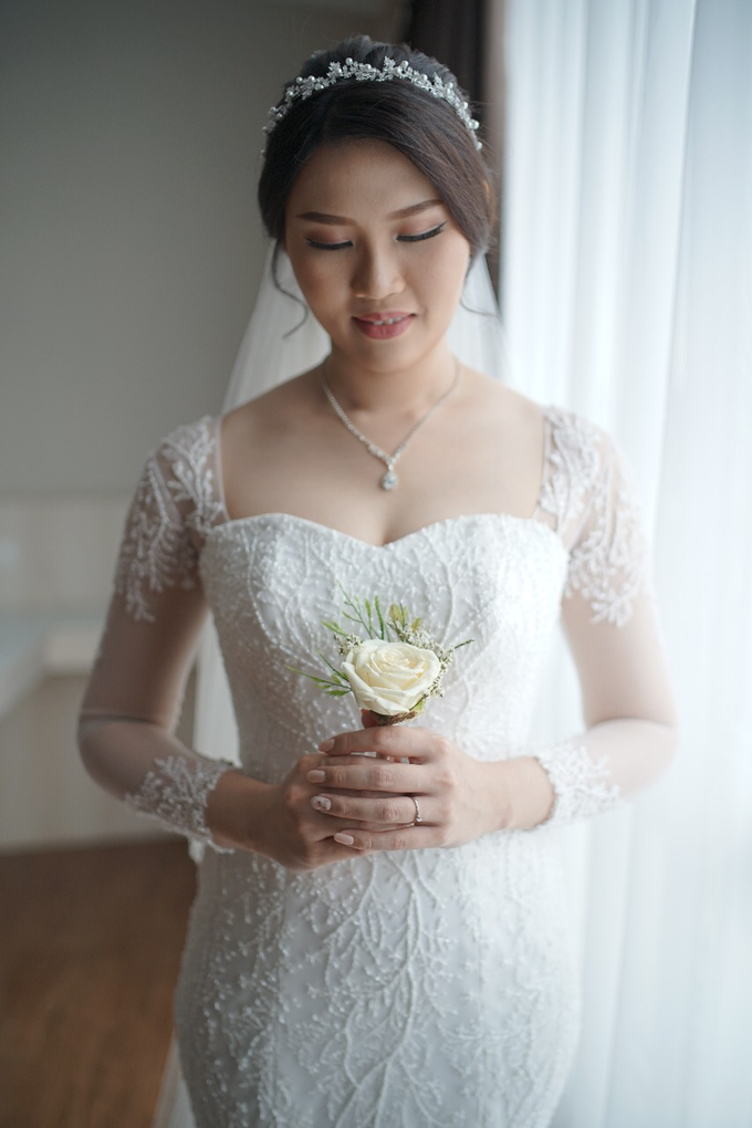 Wedding Day Jhony and Stella by Luminous Bridal Boutique - 002